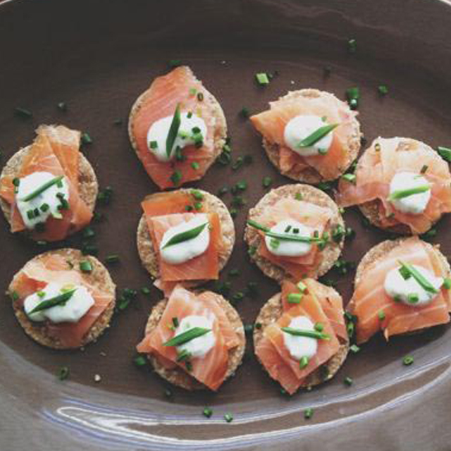 salmon sesame crackers