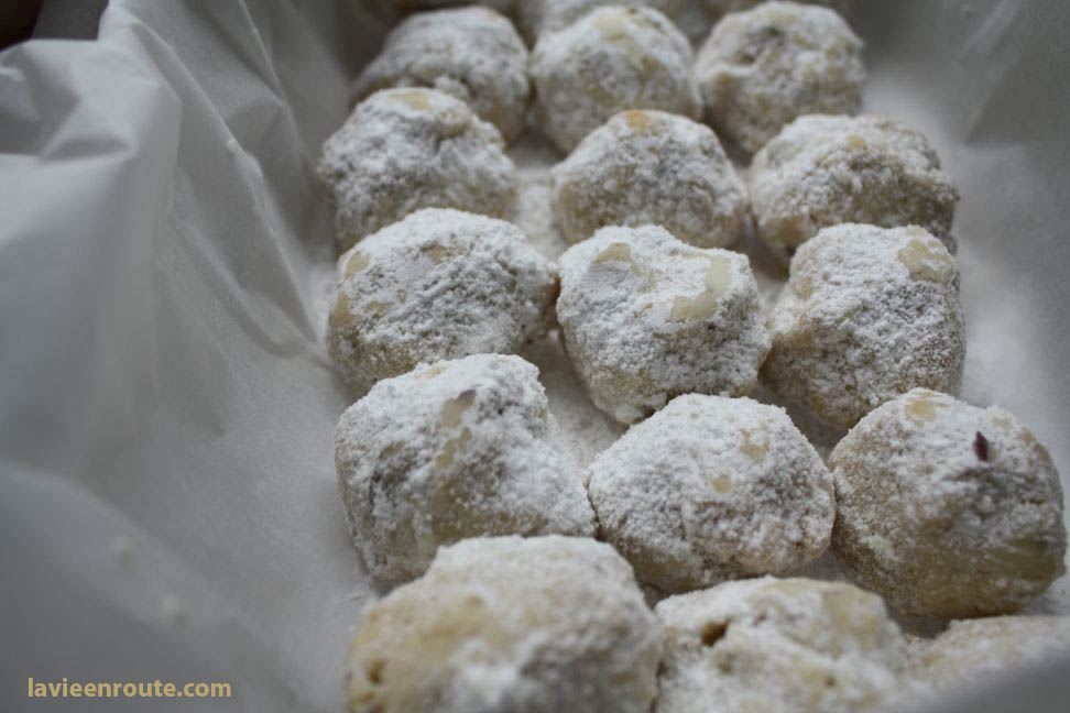 DESSERT RECIPES- Mexican Wedding Cookies
