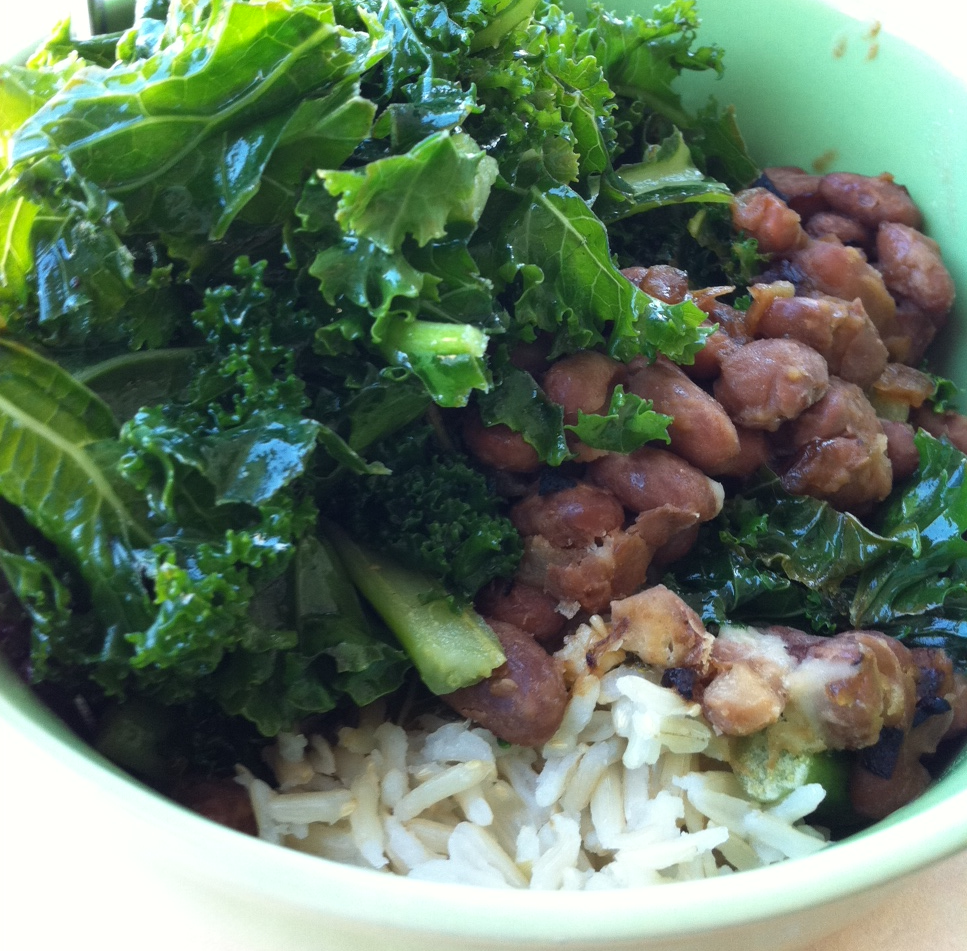 pintobeans_brownrice_massagedkale