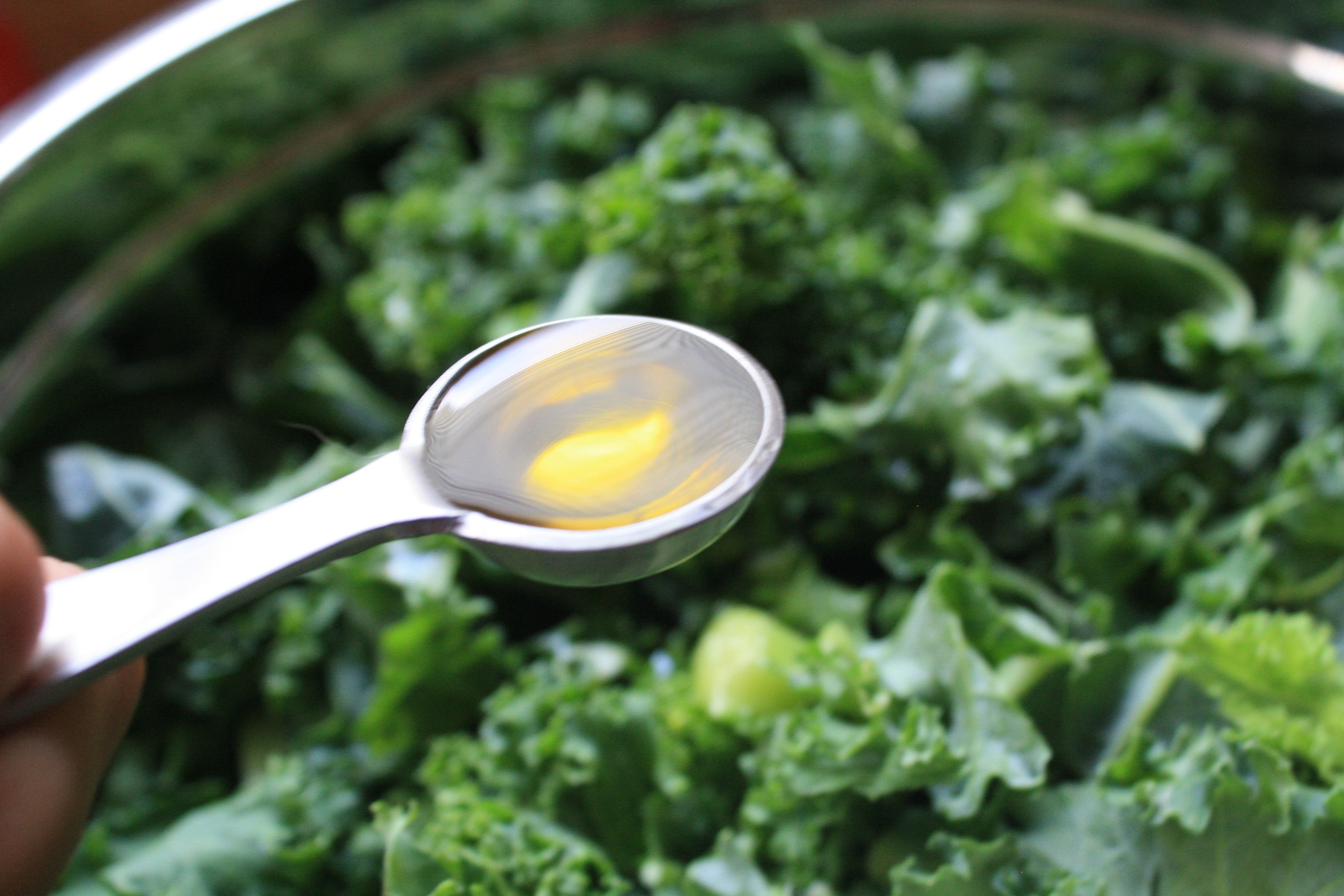 add 5 teaspoons olive oil to kale