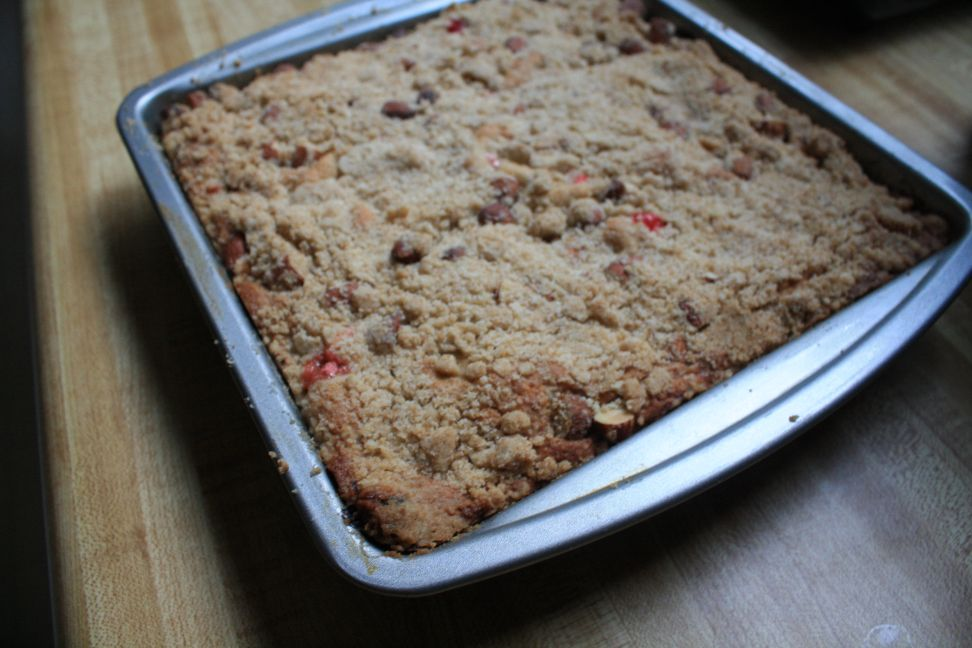 white cranberry almond amaranth crumb cake