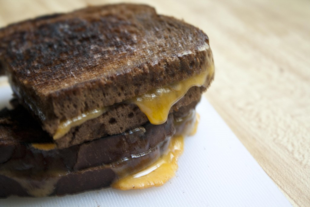 Dark-Rye-Grilled-Cheese-Sandwiches-with-Rubbed-Garlic