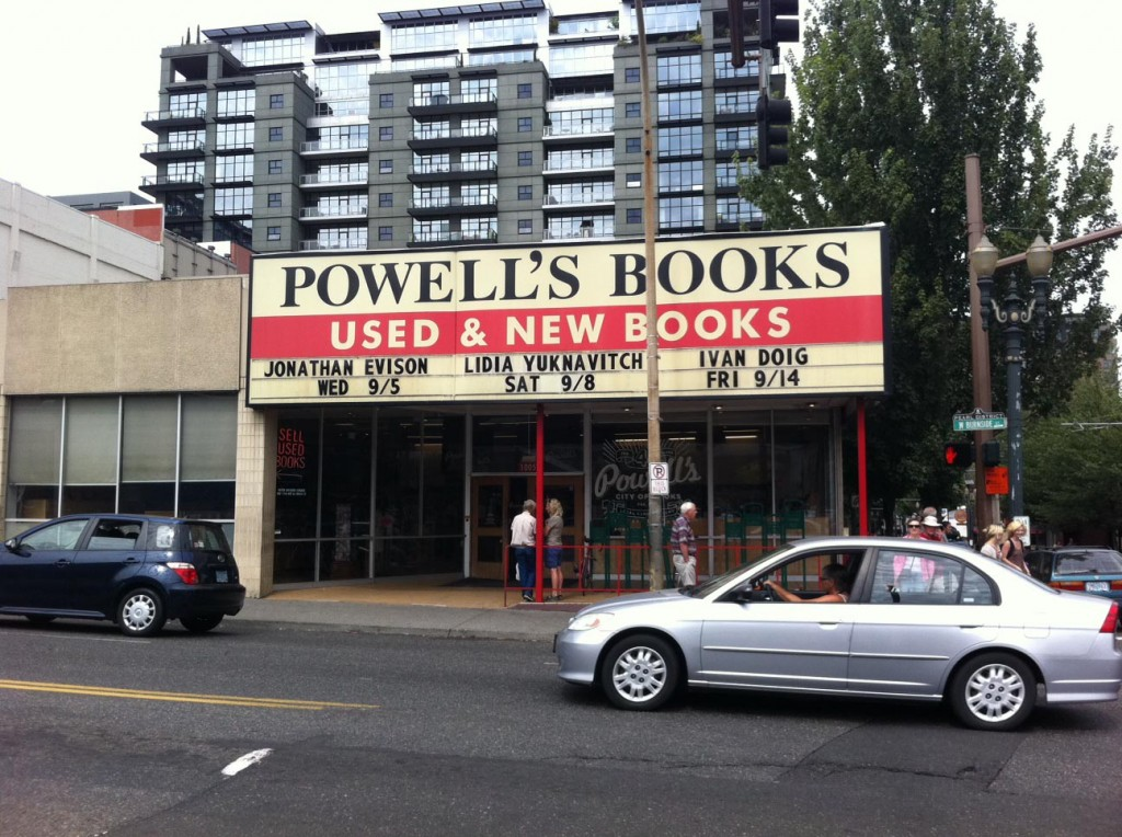 PDX- Powells-Books-Sign