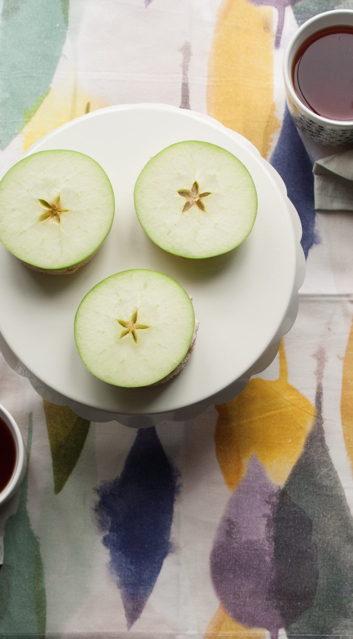 Green Apple Tartines with Cinnamon Ginger Cream Cheese